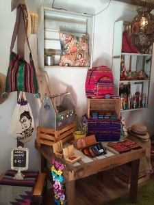 A gallery of items from Mexico & Guatemala is in Por Vida.