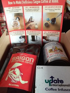 A cafe sua kit available through Saigon Coffee. Step-by-step directions are included.
